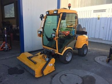 tracteur stiga titan 32 cv avec fraiseuse lame neige broyeur et tondeuse rasentraktor. Black Bedroom Furniture Sets. Home Design Ideas