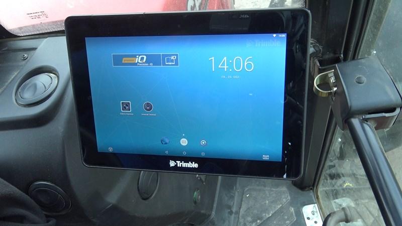 Trimble GFX 750 Display Parallelfahrhilfe | Agropool