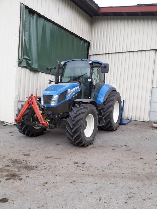 Traktor New Holland T5 115 Electro Command   Agropool