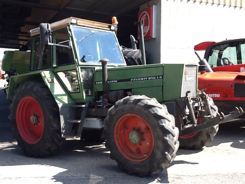 Fendt Favorit 612 LS | Traktor 4-Rad-Antrieb | Agropool