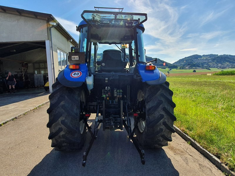 New Holland TD 5040 | Traktor 4-Rad-Antrieb | Agropool