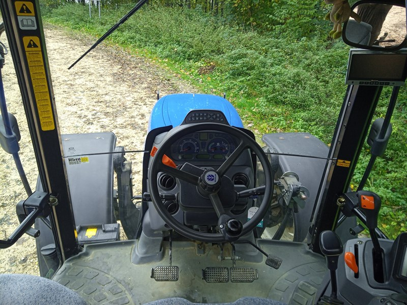New Holland TS 110 A plus Traktor | 4 roues | Agropool