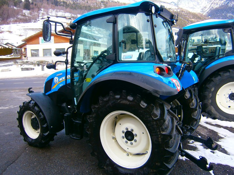 New Holland T4.75 Powerstar | 4 roues | Agropool